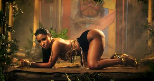 Nicki Minaj 'Anaconda' still (NY Daily News)
