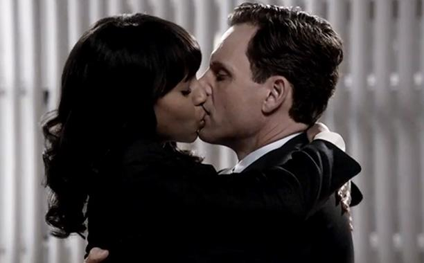 Olivia Pope (Kerry Washington) and President Fitzgerald Grant (Tony Goldwyn) in 'Scandal' (EW.com)