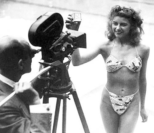 Micheline Bernardini in a bikini (Culturify)