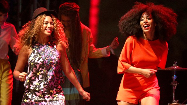 Beyonce and Solange Knowles (ET Online)