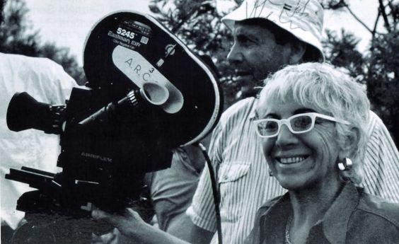 Lina Wertmuller directing 'Seven Beauties' (Pinimg)